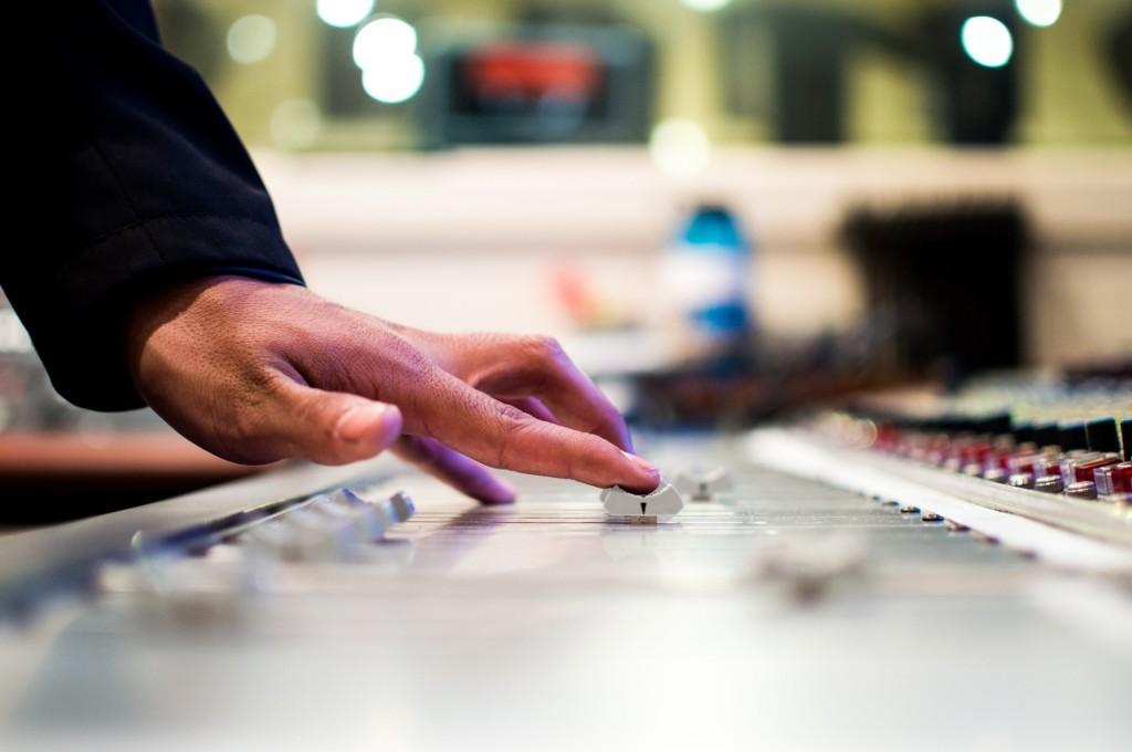 mixing-music