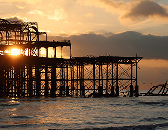 brighton-pier-sunset-sea