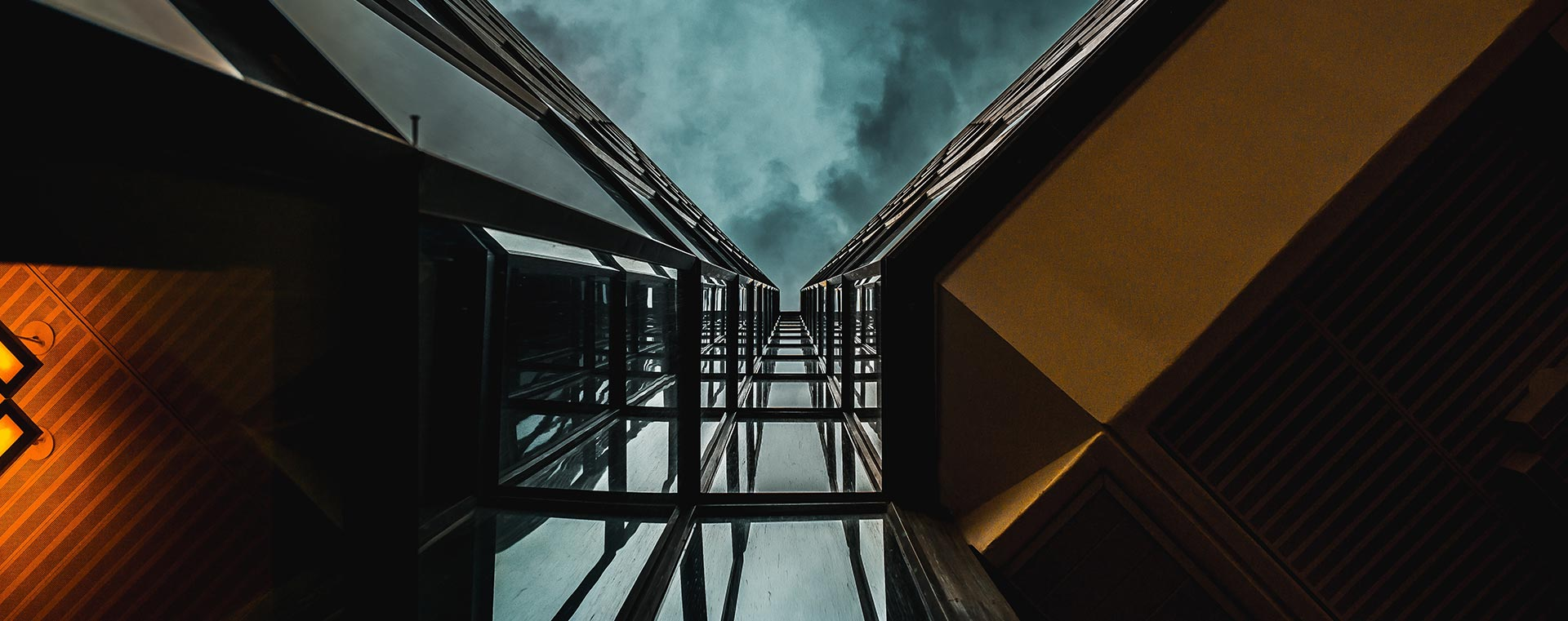 angled-architecture-building-dark-sky