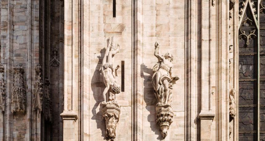 details-duomo-milan-statue